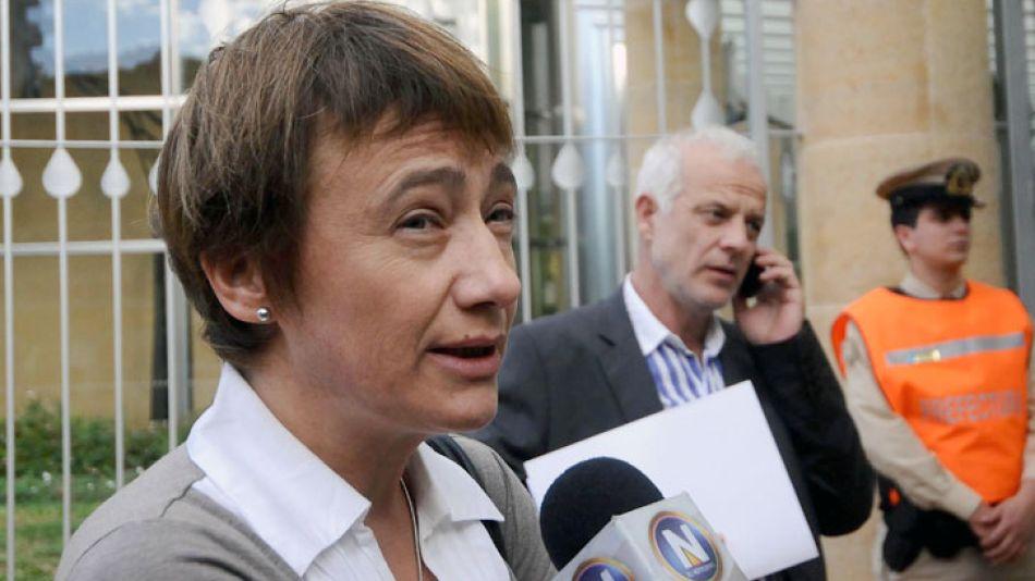 Fabiana Ríos fue criticada en las redes sociales y se iniciaron varias acciones en su contra.
