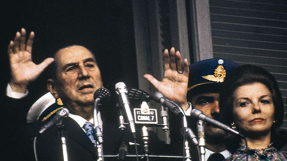 Parecidos. Cristina tomó mucho de la gestualidad (real y política) de Juan Domingo Perón.