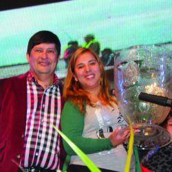 Ganadora_Pieza Mayor_recibe_premios_de_intendente  Bordon