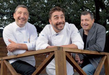 AMBULANTES. El cocinero Joan, el pastelero Jordi y Josep, experto en vinos, en su inspiradora visita al país.