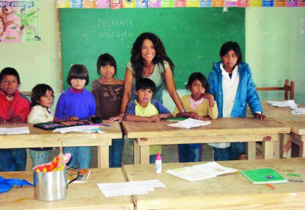 Patricia Sosa en una de sus visitas a los chicos del Impenetrable.