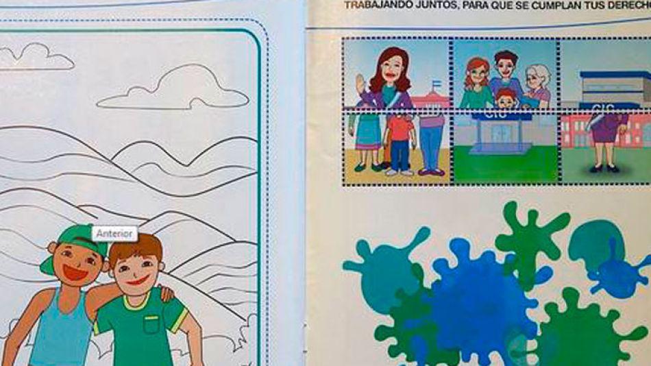 En las últimas páginas del libro del Ministerio aparece la figura de la Presidenta. Se lo regalan a niños de 4 años.