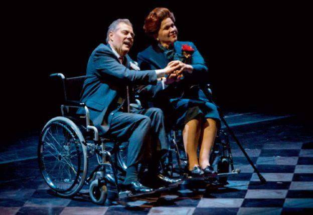 Ópera en tiempo real. Estrenada hace dos años en Francia, se presenta en el Teatro San Martín con una producción impecable.