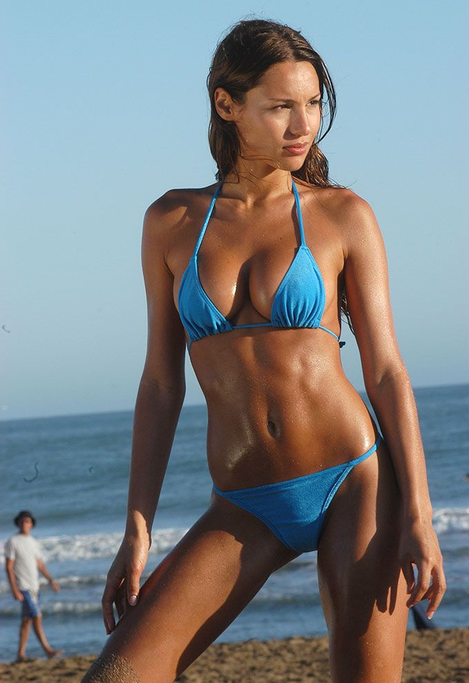 hot muscle sexy women