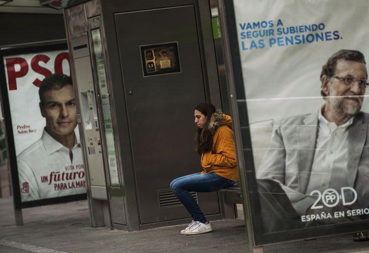 Para todos y todas. PSOE, Partido Popular, Ciudadanos y Podemos son las cuatro opciones para los comicios de mañana, en los que sólo una cosa es segura: será el fin del bipartidismo.