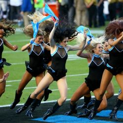 0207-superbowl50-g13-afp