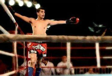 Fernando Llanos buscará un título mundial en el kick boxing. / 442