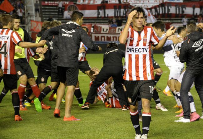 A la espera de lo que resuelva el Tribunal de Disciplina, Estudiantes sancionó internamente a sus jugadores. //Fotobaires
