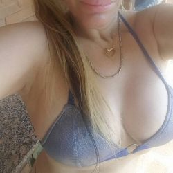 Alejandra Pradon (20)