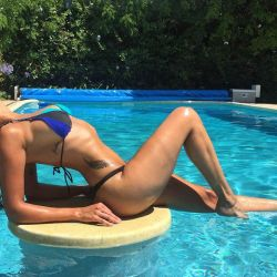 Ivana Nadal de vacaciones con su amiga (2) (1)