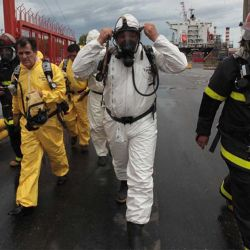 nube-toxicasergio-berni-conteiner-con-insecticida-2012