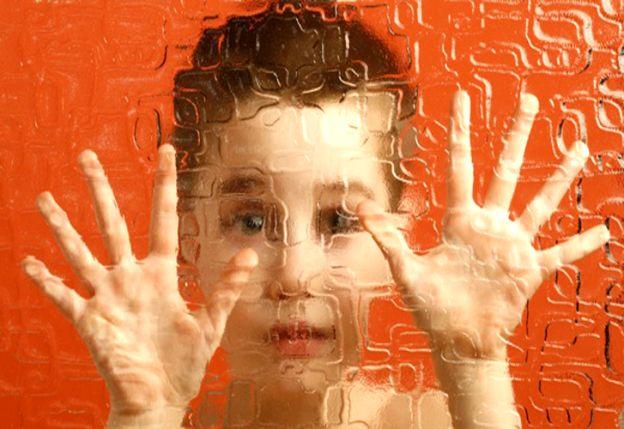 Incidencia. Aumentó 300 veces en los últimos años. Actualmente se calcula que 1 de cada 68 chicos tienen algún Trastorno del Espectro Autista o TEA-.