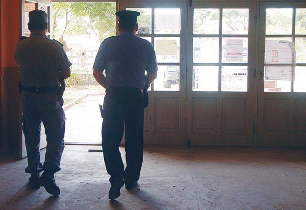 Ilegal. Paso a paso, el cobro de coimas en una dependencia policial.