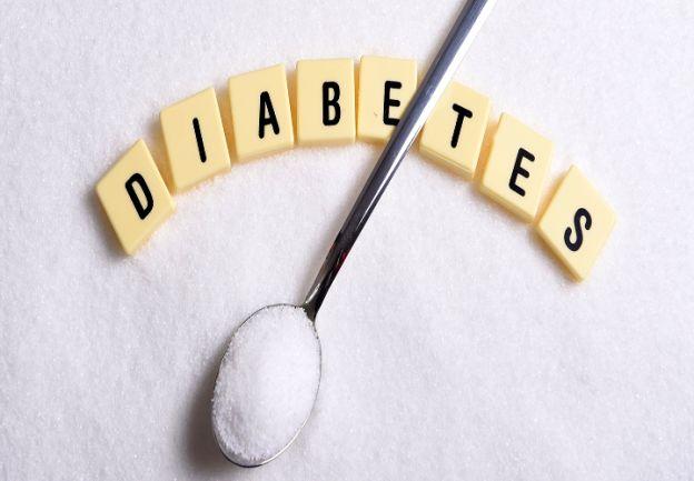 Necesidades. Tomar medicinas correctamente y a tiempo, inyectarse insulina en la cantidad indicada y seguir una dieta con mayor cantidad de vegetales. Sin saber leer y escribir es muy difícil lograr estos tres cometidos.