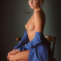 Katya Clover (37)