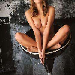 Katya Clover (74)