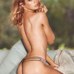 Stella Maxwell (23)