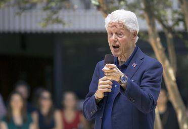 Clinton. Su esposa ya tiene los delegados necesarios para su nominación.