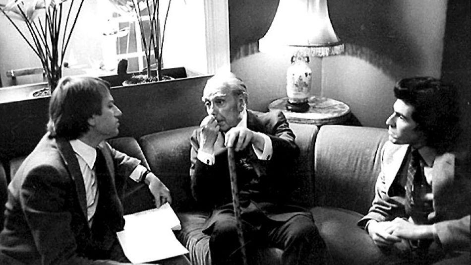 Encuentro. Héctor Bianciotti, Jorge Luis Borges y Jean-Paul Enthoven durante la entrevista.