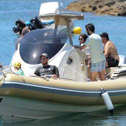 0712-antonella-messi-vacaciones-g17