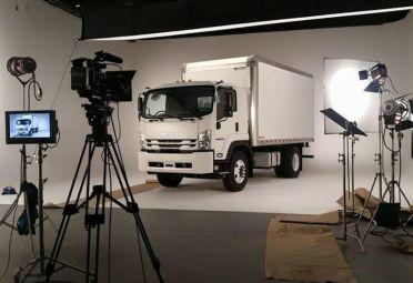 Isuzu regresa al país con su gama de vehículos comerciales y camiones.