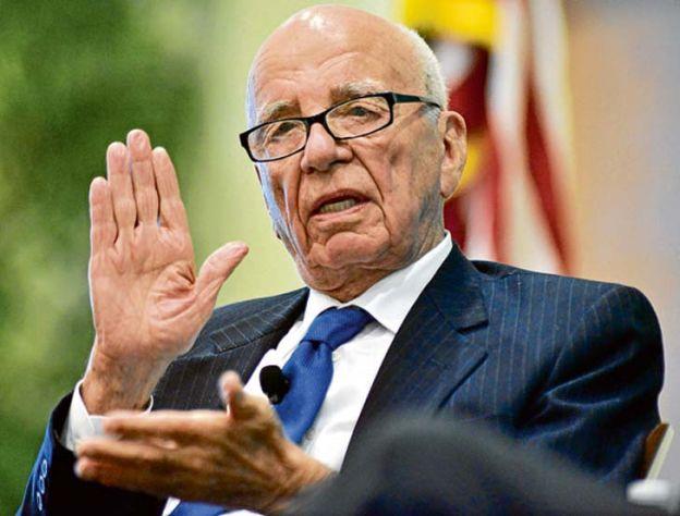 Inoportuno. El caso que preocupa a Murdoch cae en el momento clave de la campaña presidencial.