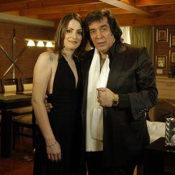 Cacho Castaña y su segunda mujer: Andrea Sblano.