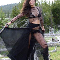 Victoria Vannucci 4