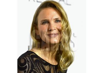 BEVERLY HILLS, CA - OCTOBER 20: Actress Renee Zellweger arrives at ELLE's 21st Annual Women In Hollywood at Four Seasons Hotel Los Angeles at Beverly Hills on October 20, 2014 in Beverly Hills, California.   Frazer Harrison/Getty Images/AFP