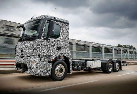 Mercedes Benz Urban eTruck, el primer camión eléctrico.
