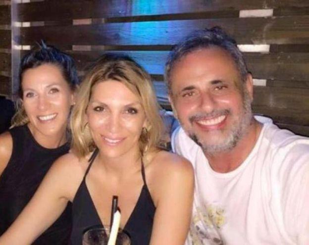 Jorge Rial junto a su novia conquista Andrea Terzolo en el restó Seaspice de Miami.