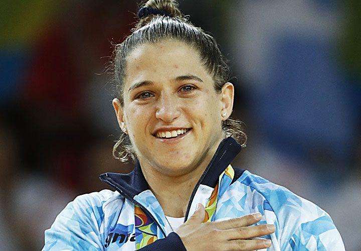 Ojos vidriosos. Pareto y el oro. Es la primera mujer argentina con dos medallas olímpicas en deportes individuales.