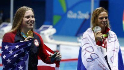 Lilly King y Yuliya Efimova compartieron el podio pero no se pueden ni ver.