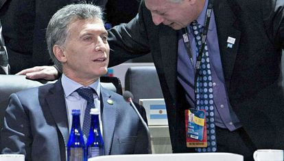 Aranguren. Con Macri, el ministro trabaja una propuesta.