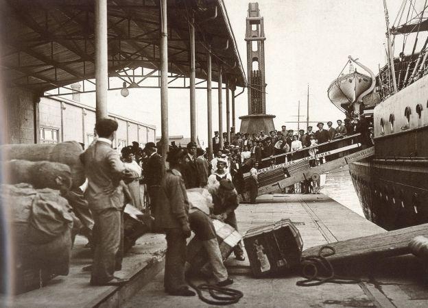 Imagen histórica: el puerto de Buenos Aires a principios del siglo XX.