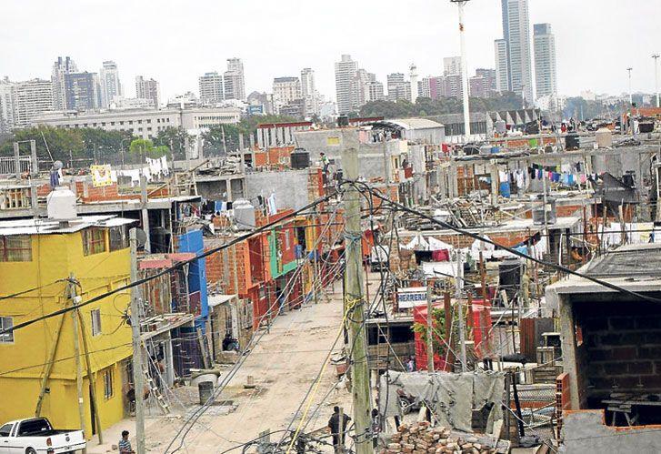 Urbanizacion. El Estado debe ayudar a la movilidad social de la gente.