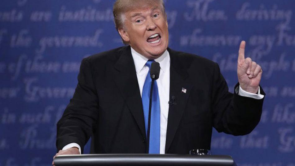 Donald Trump, candidato republicano, durante el debate frente a Hillary Clinton.