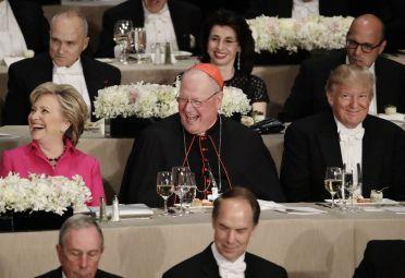 Donald Trump,Hillary Clinton, y el cardenal Timothy Dolan.