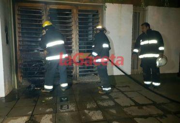 La Gaceta, de Chivilcoy, cubrió el siniestro. Los bomberos dicen que fue intencional.
