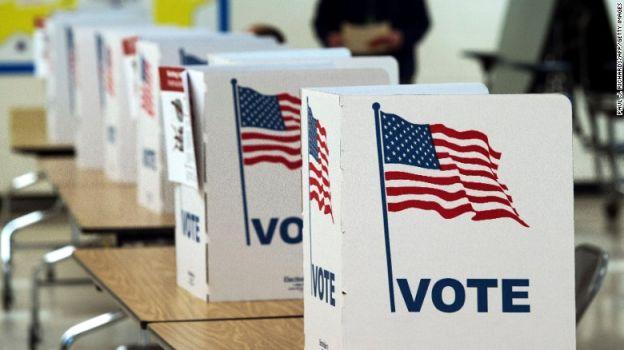 Las urnas están listas para recibir a los votantes, este martes.