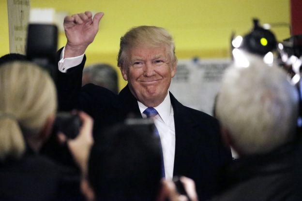 El nuevo presidente de los Estados Unidos ayer en su bunker.