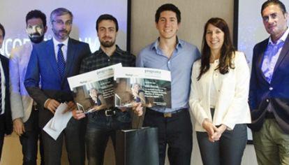 Los universitarios premiados por el Banco Patagonia.