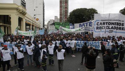 En julio los cartoneros se movilizaron al Ministerio de Ambiente y Espacio Público.