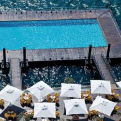 floating-swimming-pool-grans hotel tremezzo-italia