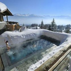 outside-swimming-pool-lecrans hotel-crans-montana-suiza