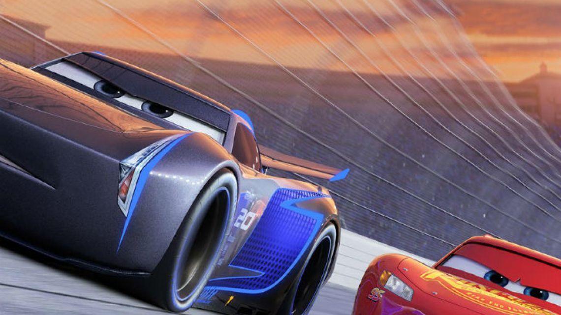 Parabrisas Cars 3 Conocé Al Nuevo Rival Del Rayo Mcqueen