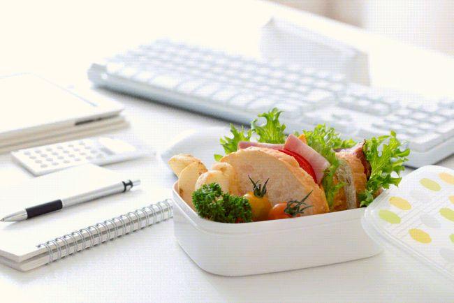 cómo comer saludable en el trabajo