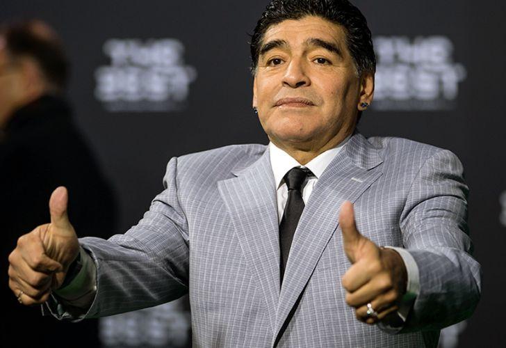 Diego Maradona irà a Harvard a dar una charla.