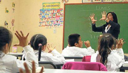 A la educación pública le está faltand una meritocracia real.