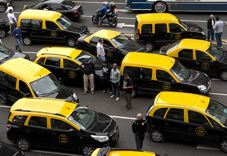 Los taxis saldrán a las calles.